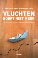 Vluchten hoeft niet meerJoost de Vriesere & Jessica Dobbelaere★★★★Dit informatieve en verhalende boek gaat over vluchtelingen en de mensen die hen helpen.